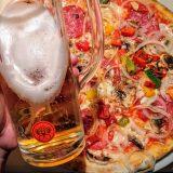 Geniale Pizza in der Pizzeria Scarabocchio